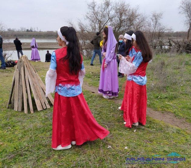 Novruz bayramı münasibətilə sərgi  nümayiş olunmuşdur