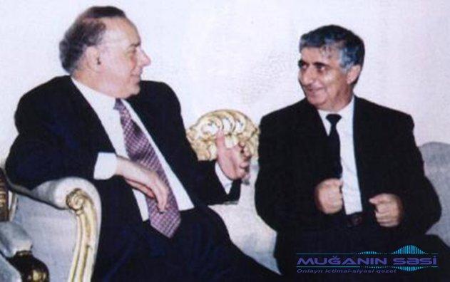 """""""Poeziyaya  həvəsi olan adam gərək  bu  sənətə  çörək pulu xatirinə gəlməsin"""""""